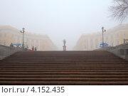 Купить «Потемкинская лестница, Одесса, Украина», фото № 4152435, снято 28 декабря 2012 г. (c) Некрасов Андрей / Фотобанк Лори