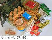 Купить «Армейский сухой паек», эксклюзивное фото № 4157195, снято 16 декабря 2012 г. (c) Анатолий Матвейчук / Фотобанк Лори