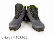 Купить «Лыжные ботинки», фото № 4163623, снято 3 января 2013 г. (c) Николай Мухорин / Фотобанк Лори
