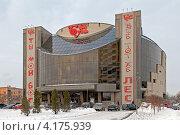 Купить «Театр Буфф», эксклюзивное фото № 4175939, снято 8 января 2013 г. (c) Валентина Качалова / Фотобанк Лори