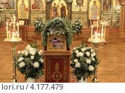 Купить «Шамордино, праздничная Рождественская литургия в Казанском соборе», эксклюзивное фото № 4177479, снято 26 мая 2010 г. (c) ДеН / Фотобанк Лори