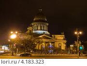 Купить «Санкт-Петербург, Исаакиевский собор, вечер», фото № 4183323, снято 24 декабря 2012 г. (c) ИВА Афонская / Фотобанк Лори