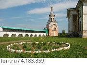 Купить «Свечная башня, Борисоглебский мужской монастырь, город Торжок, Тверская область», эксклюзивное фото № 4183859, снято 28 мая 2010 г. (c) lana1501 / Фотобанк Лори