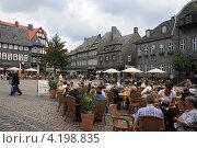 Купить «Гослар. Рыночная площадь», фото № 4198835, снято 11 августа 2012 г. (c) Борис Кунин / Фотобанк Лори