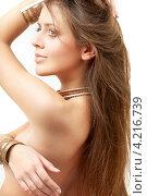 Купить «Очаровательная стройная молодая женщина с длинными русыми волосами на белом фоне», фото № 4216739, снято 17 ноября 2007 г. (c) Syda Productions / Фотобанк Лори