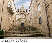 Купить «Церковь Санта-Мария-ла-Мадре в городе Оренсе. Испания», эксклюзивное фото № 4239483, снято 26 сентября 2012 г. (c) Владимир Чинин / Фотобанк Лори