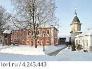 Купить «Спасо-Андроников монастырь, Москва», эксклюзивное фото № 4243443, снято 27 января 2013 г. (c) lana1501 / Фотобанк Лори