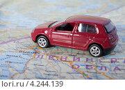 Купить «Путешествие на автомобиле в Финляндию . Автомобиль на туристической карте», эксклюзивное фото № 4244139, снято 5 января 2013 г. (c) Литвяк Игорь / Фотобанк Лори