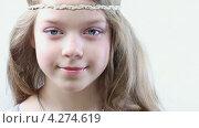 Купить «Маленькая девочка», видеоролик № 4274619, снято 9 февраля 2013 г. (c) Серёга / Фотобанк Лори