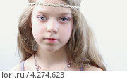 Купить «Маленькая девочка», видеоролик № 4274623, снято 9 февраля 2013 г. (c) Серёга / Фотобанк Лори