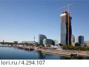 Купить «Набережная Дуная в Вене», фото № 4294107, снято 15 августа 2012 г. (c) Наталья Волкова / Фотобанк Лори