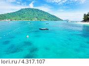 Купить «Море в солнечный день. Перхентианские острова, Малайзия», фото № 4317107, снято 29 августа 2012 г. (c) Николай Охитин / Фотобанк Лори