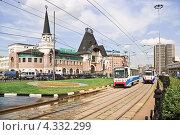 Купить «Трамваи на Комсомольской площади», эксклюзивное фото № 4332299, снято 3 июня 2010 г. (c) Алёшина Оксана / Фотобанк Лори