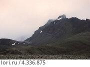 Скала близ ледника Aldegold, архипелаг Шпицберген (2012 год). Стоковое фото, фотограф Наталия Давидович / Фотобанк Лори
