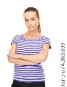 Купить «Симпатичная молодая женщина в тельняшке на белом фоне», фото № 4363699, снято 10 октября 2010 г. (c) Syda Productions / Фотобанк Лори