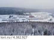 Купить «Поселок Еруда», фото № 4382927, снято 30 января 2013 г. (c) Сергей Болоткин / Фотобанк Лори