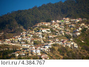 Купить «Вид на город Фуншал, Мадейра», фото № 4384767, снято 21 марта 2012 г. (c) Andrejs Pidjass / Фотобанк Лори
