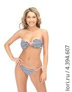 Купить «Привлекательная девушка в сексуальном бикини», фото № 4394607, снято 24 марта 2012 г. (c) Syda Productions / Фотобанк Лори