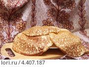 Купить «Блины», фото № 4407187, снято 15 августа 2018 г. (c) Юрий Каркавцев / Фотобанк Лори
