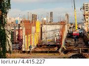 Купить «Стройка», эксклюзивное фото № 4415227, снято 6 октября 2012 г. (c) Зобков Георгий / Фотобанк Лори