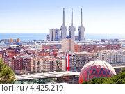 Купить «Вид на город Бадалона, Сан-Адрия-де-Бесос, Барселона», фото № 4425219, снято 11 марта 2013 г. (c) Яков Филимонов / Фотобанк Лори