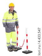 Купить «Улыбающийся дорожный рабочий», фото № 4433547, снято 17 июня 2010 г. (c) Phovoir Images / Фотобанк Лори