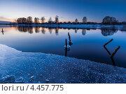 Купить «На заливе», фото № 4457775, снято 29 марта 2013 г. (c) Игорь Иванов / Фотобанк Лори