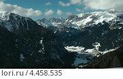 Вид на горный курорт Канацеи. Доломитовые Альпы, Валь ди Фасса. Италия (2012 год). Стоковое видео, видеограф Михаил Марков / Фотобанк Лори