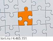 Белый пазл с оранжевым кусочком. Стоковое фото, фотограф Владимир Никифоров / Фотобанк Лори