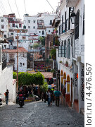 Купить «Улочки историчкой части города Таско. Мексика», фото № 4476567, снято 17 декабря 2011 г. (c) Ludenya Vera / Фотобанк Лори