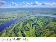 Купить «Река летом на лесистой равнине», фото № 4481419, снято 6 июля 2011 г. (c) Владимир Мельников / Фотобанк Лори
