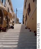 Купить «Улица в Айос-Николаос. Греция», эксклюзивное фото № 4519315, снято 6 мая 2012 г. (c) Алина Голышева / Фотобанк Лори