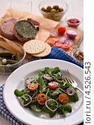 Купить «Печеночный паштет, салат из шпината и другие продукты», фото № 4526543, снято 16 января 2013 г. (c) Food And Drink Photos / Фотобанк Лори