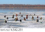 Последний лед (2013 год). Редакционное фото, фотограф Александр Масалев / Фотобанк Лори