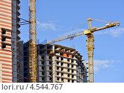 Купить «Строительство домов», эксклюзивное фото № 4544767, снято 20 апреля 2013 г. (c) Александр Алексеев / Фотобанк Лори