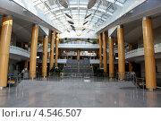Холл Национальной Белорусской Библиотеки (2011 год). Редакционное фото, фотограф Ольга Романова / Фотобанк Лори
