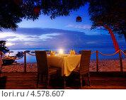 Ужин на закате, Бали, Индонезия (2013 год). Стоковое фото, фотограф Виктор Застольский / Фотобанк Лори