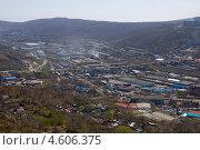Купить «Рудневский мост над промышленным районом во Владивостоке», фото № 4606375, снято 7 мая 2013 г. (c) Сергеев Игорь / Фотобанк Лори