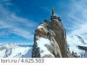 Купить «Эгюий-дю-Миди, горная вершина во Франции», фото № 4625503, снято 20 июня 2019 г. (c) Юрий Брыкайло / Фотобанк Лори