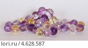 Украшения из натуральных камней - аметрин. Стоковое фото, фотограф yaray / Фотобанк Лори