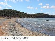 Купить «Озеро Тургояк. Ранняя весна», фото № 4628803, снято 2 мая 2013 г. (c) Виталий Горелов / Фотобанк Лори