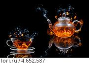 Купить «Стеклянная чашка и чайник с огнём на чёрном фоне», фото № 4652587, снято 18 мая 2010 г. (c) Наталия Евмененко / Фотобанк Лори