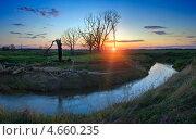Купить «Закат на реке Младшая сестра. Московская область. Россия», фото № 4660235, снято 8 мая 2009 г. (c) photoff / Фотобанк Лори