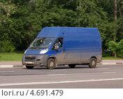 Купить «Citroen Jumper - французский коммерческий транспорт в движении», фото № 4691479, снято 31 мая 2013 г. (c) Павел Кричевцов / Фотобанк Лори