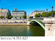 Река Сена в Париже, Франция (2012 год). Стоковое фото, фотограф юлия заблоцкая / Фотобанк Лори
