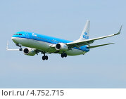 """Купить «""""Boeing 737"""" (бортовой PH-BXR) авиакомпании KLM на посадке в Шереметьево», эксклюзивное фото № 4752715, снято 8 июня 2013 г. (c) Alexei Tavix / Фотобанк Лори"""