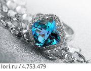 Купить «Кольцо с топазом», фото № 4753479, снято 18 мая 2011 г. (c) ElenArt / Фотобанк Лори