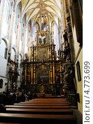 Интерьер церкви Our Lady of the Snows, Прага (2011 год). Редакционное фото, фотограф Екатерина Высотина / Фотобанк Лори