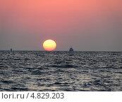 Закат солнца на морском побережье (2011 год). Стоковое фото, фотограф Анна Демьяненко / Фотобанк Лори