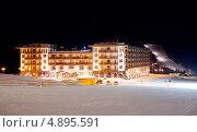 """Купить «Спа-отель """"Radisson Blu Resort"""". Буковель. Украина», фото № 4895591, снято 19 декабря 2012 г. (c) Никончук Алексей / Фотобанк Лори"""